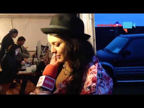 Rozhovor s Ewou Farnou