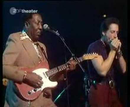 Muddy Waters - Blow Wind Blow lyrics