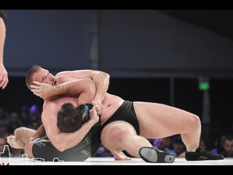 wrestling - After six exciting matches at Metamoris 4, Ryron and Rener received tons of requests for a Gracie Breakdown. Of all the matches, the most requested breakdown was the headlock/neck crank/chest...