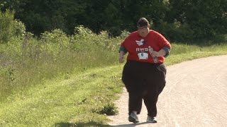 Video Run For Your Life: Obese Man Running 5km Races To Shed The Pounds MP3, 3GP, MP4, WEBM, AVI, FLV Juli 2018