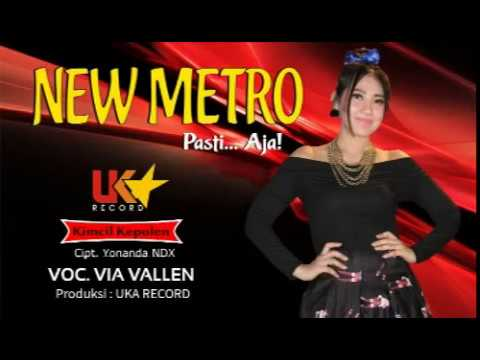 Video Via Vallen - Kimcil Kepolen (Official Music Video) download in MP3, 3GP, MP4, WEBM, AVI, FLV January 2017