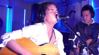 Video Dul Jaelani - Kamu dan Aku (Akustik) @velvet studio MP3, 3GP, MP4, WEBM, AVI, FLV Desember 2017