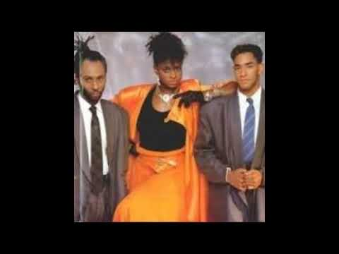 Loose  Ends  Music Group  Biography