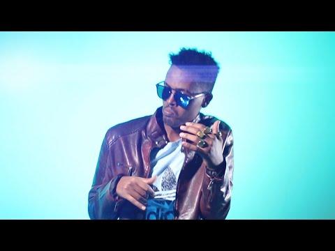 QAMAR SUUGAANI |  SURADAADA CAJIIBKA  | New Somali Music Video 2020 (Official Video)