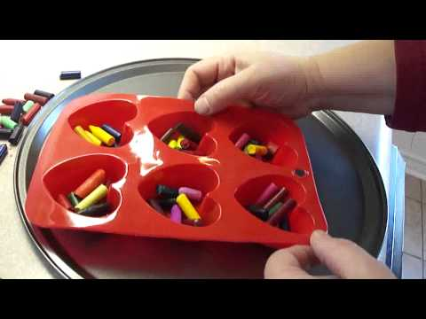 crayons - Kids can help with these, a great way to use up broken crayon pieces. These could be included in treat bags for Valentine's Day. I found this during an on-li...