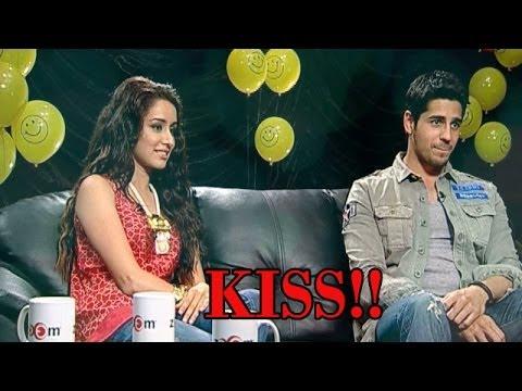 Video Ek VILLAIN Movie : KISSING SCENE between Shraddha Kapoor and Siddharth Malhotra download in MP3, 3GP, MP4, WEBM, AVI, FLV January 2017