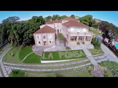 Clipe com imagens aéreas do Hotel La Ponsa, em Itatiaia/RJ
