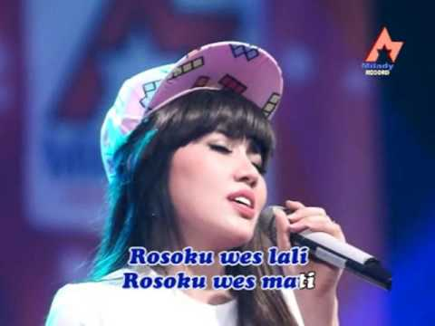 Video Via Vallen -  Ilang Roso  (Official Music Video) download in MP3, 3GP, MP4, WEBM, AVI, FLV January 2017