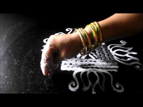Video Simple Arisi maavu kolam | Easy wet rice flour rangoli designs |  Sudha Balaji  muggulu download in MP3, 3GP, MP4, WEBM, AVI, FLV January 2017