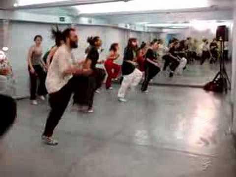 Урок хауса в танцевальной школе Mainstream