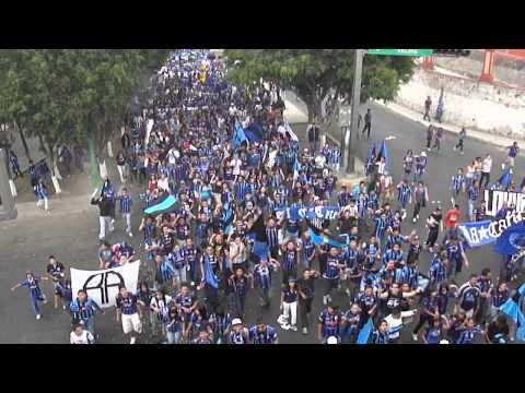 La marcha de los más de 5000 (Gallos Blancos vs ranchuis) 02/04/2011 - La Resistencia Albiazul - Querétaro - México - América del Norte