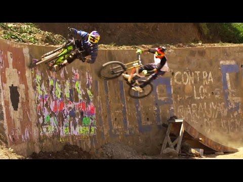 Urban Mountain Bike Madness in Peru (видео)