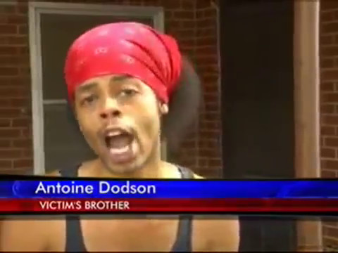 intruder - WATCH SWEET BROWN http://www.youtube.com/watch?v=udS-OcNtSWo Woman wakes up to find intruder in her bed. Her brother Antoine Dodson has something to say abou...