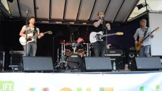 Up for it! The Curtain Rises - Live am Streetlife 2015