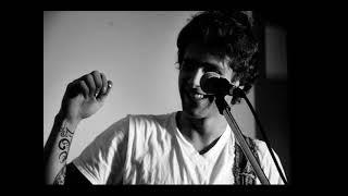 Canción indeleble de san alejo de su album no lo hagas su letra es: Trato de dejarte congelada en un recuerdo que termina...