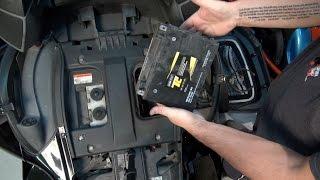 9. RT Can-Am Spyder Changing Battery - 2010-12 - Spyder TV