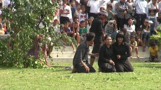 Khmer Travel - youtube.com-watch?v=xV10FKUlCO0