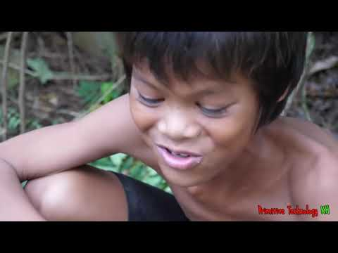Primitive Technology - Eating Delicious - Cooking Squid In Forest