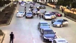 Video Watch 2 armed gangs fight on a busy road in China Kopyası MP3, 3GP, MP4, WEBM, AVI, FLV Desember 2018