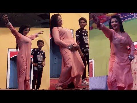 Video Zara Akbar Mujra in Theate Dance Akh Surmai Way | Stage Dance - SMB download in MP3, 3GP, MP4, WEBM, AVI, FLV January 2017