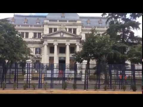 Una Legislatura vallada y cerca de mil policías para el discurso de Vidal en la Asamblea 2018
