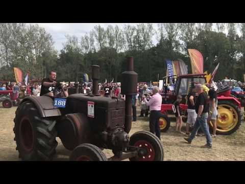 Wideo1: Festiwal Starych Ciągników i Maszyn Rolniczych Wilkowice 2019