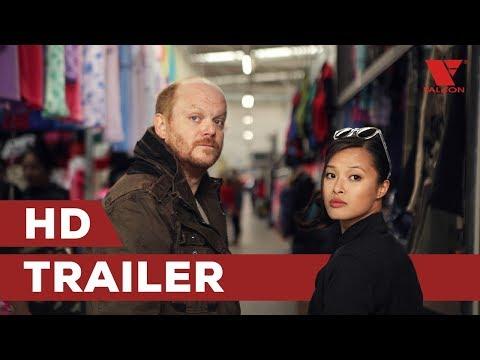 Sestřička Tien ze seriálu Ordinace v růžové zahradě si střihla policajtku v kriminálce! Film Miss Hanoi představuje trailer