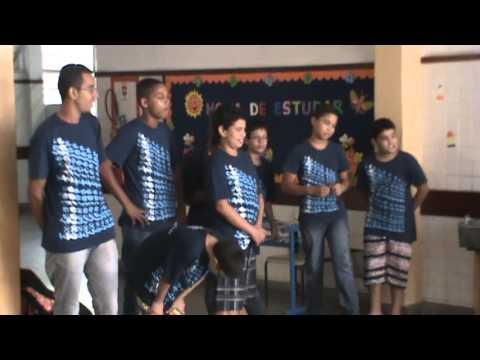 2013-04-12 MUSICA Luciana Apresentação EM Dom Aquino