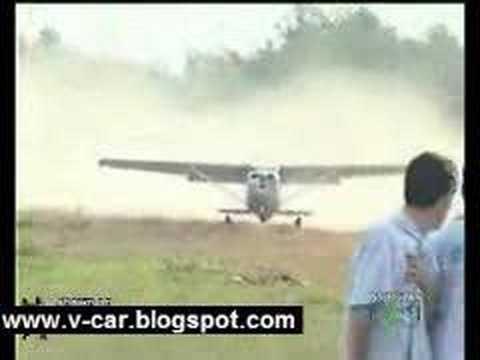 Plane crashes in Columbia