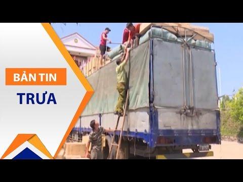 Đắk Nông: Bắt xe biển nước ngoài chở hàng 'lậu' | VTC - Thời lượng: 54 giây.