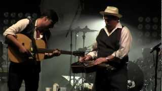 "Mumford & Sons feat. Jerry Douglas ""The Boxer"" & ""Awake my Soul"" Dixon IL 08/18/2012"