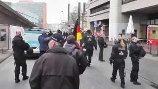 """Polizei in Hannover: """"Nicht provozieren! Deutsche Fahne runter!"""""""