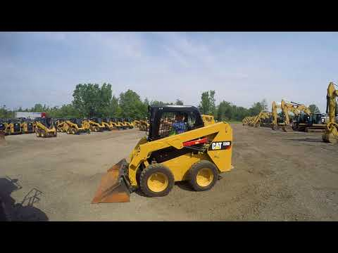 CATERPILLAR SKID STEER LOADERS 236D equipment video F30OIYRmb4U