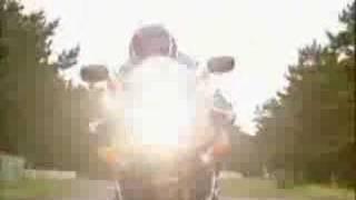 5. Suzuki GSX-R 750 (Year 2004) Presentation
