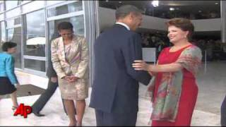 Nonton Raw Video  Obama Arrives In Brazil Film Subtitle Indonesia Streaming Movie Download