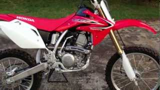 4. 2013 HONDA CRF150R EXPERT (walkaround and startup)