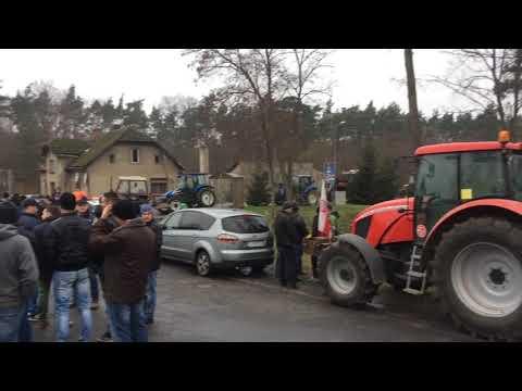 Wideo1: Przygotowania do wyjazdu rolników z Krzemieniewa