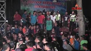 Video TAWURAN PARAH DI PESTA PERNIKAHAN - ACARA BUBAR ( jangan di tiru ) 18+ MP3, 3GP, MP4, WEBM, AVI, FLV April 2017