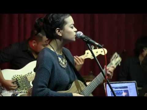 Download Lagu Indra Lesmana Ft. Eva Celia - Prahara Cinta @ Mostly Jazz 31/01/14 [HD] Music Video