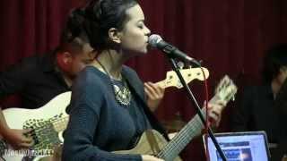Video Indra Lesmana ft. Eva Celia - Prahara Cinta @ Mostly Jazz 31/01/14 [HD] MP3, 3GP, MP4, WEBM, AVI, FLV Oktober 2018