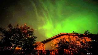 Северное сияние в Ленинградской области в ночь с 7 на 8 октября 2015 года.