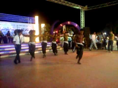 دبكة حفلة تخريج مدرسة النجاح 2012
