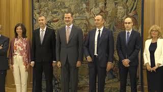 S.M. el Rey recibe a una representación de la Universidad de Burgos