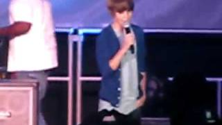 Download Lagu Justin Bieber singing With You by Chris Brown at 15 Mp3
