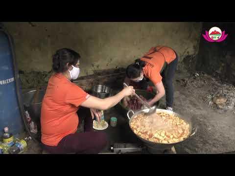 Ghi nhận những bữa ăn của những người đang thực hiện cách ly ở Quỳ Hợp.