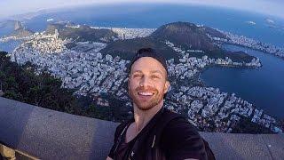 Viaje a Rio de Janeiro, Brasil durante los juegos olímpicos y esto fue mi primer día. Subi el corcovado para conocer uno de las siete maravillas modernas del ...