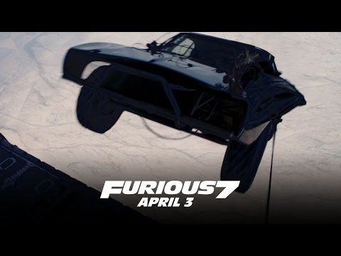 Furious 7 (Featurette 'Car Drop')