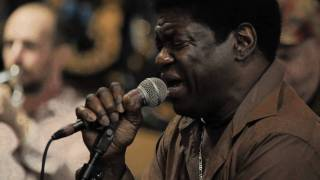 Charles Bradley - Heartaches and Pain (Live on KEXP)