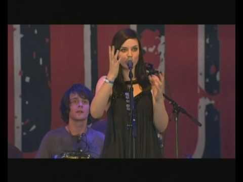 Tekst piosenki Amy MacDonald - When You Were Young po polsku