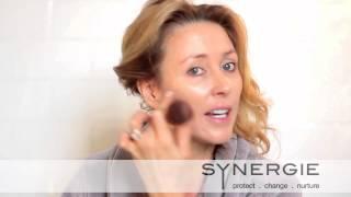 Synergie創辦人Terri素顏示範化妝技巧